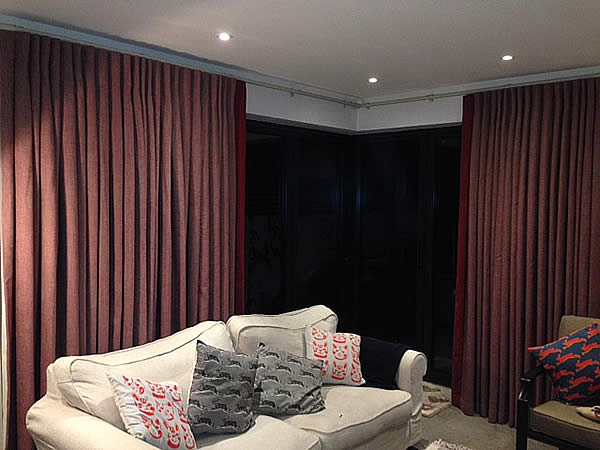 curtains-bifold-doors-w11